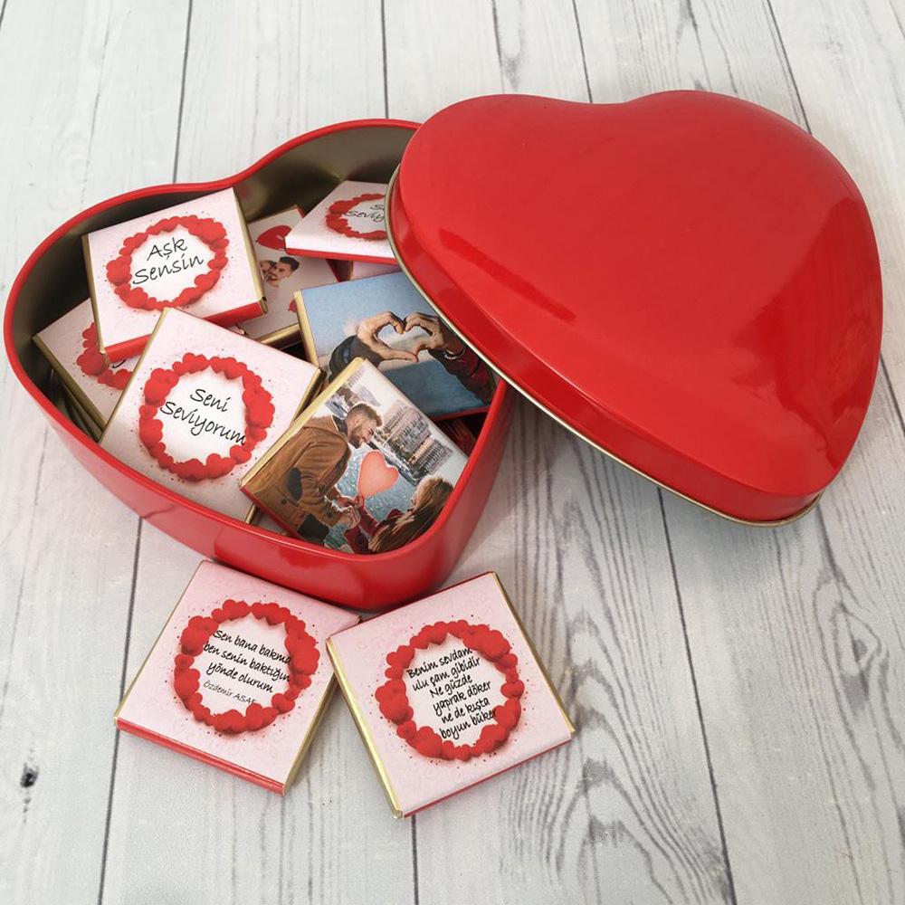 Sevgiliye Hediye Metal Kalp Kutu İçinde Çikolata