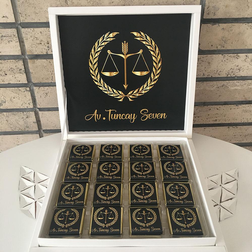 Avukata Hediye Çikolata
