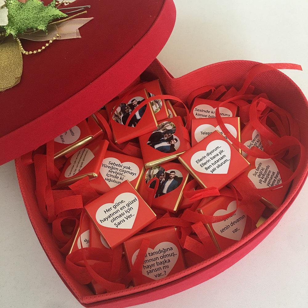 Kadife Kalp Kutu İçinde Sevgiliye Çikolata-Fotoğraflı